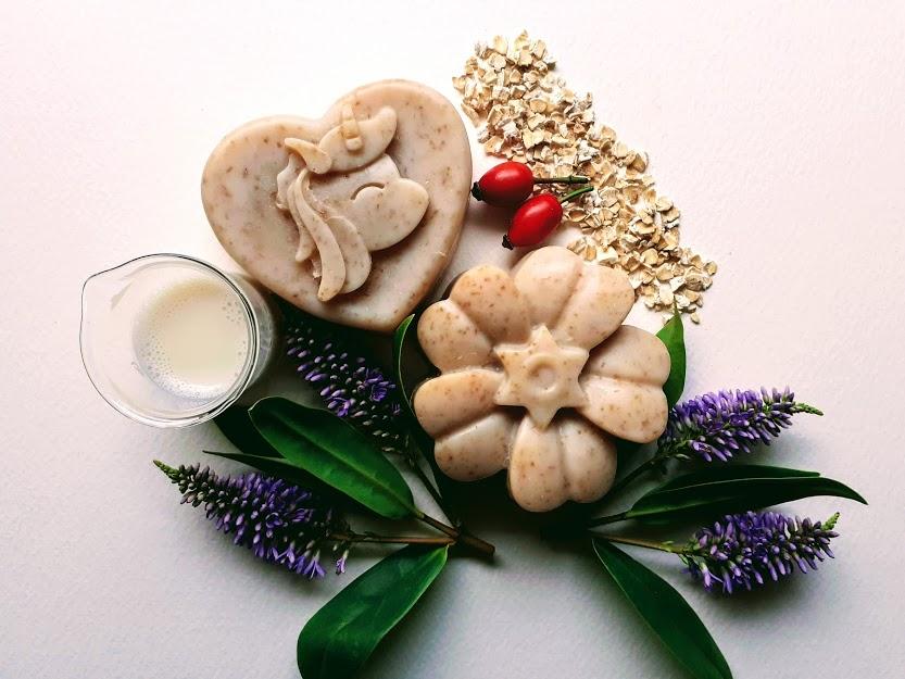 Exfoliating oats soap